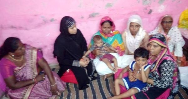 Women Members of the SDPI delegation with wife & mother of the victim.