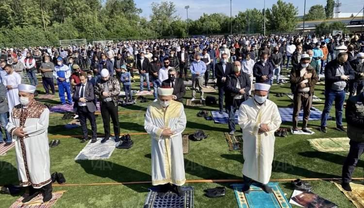 أول مرة تنظم دار الافتاء صلاة العيد في ساحة مفتوحة لمسلمي صوفيا
