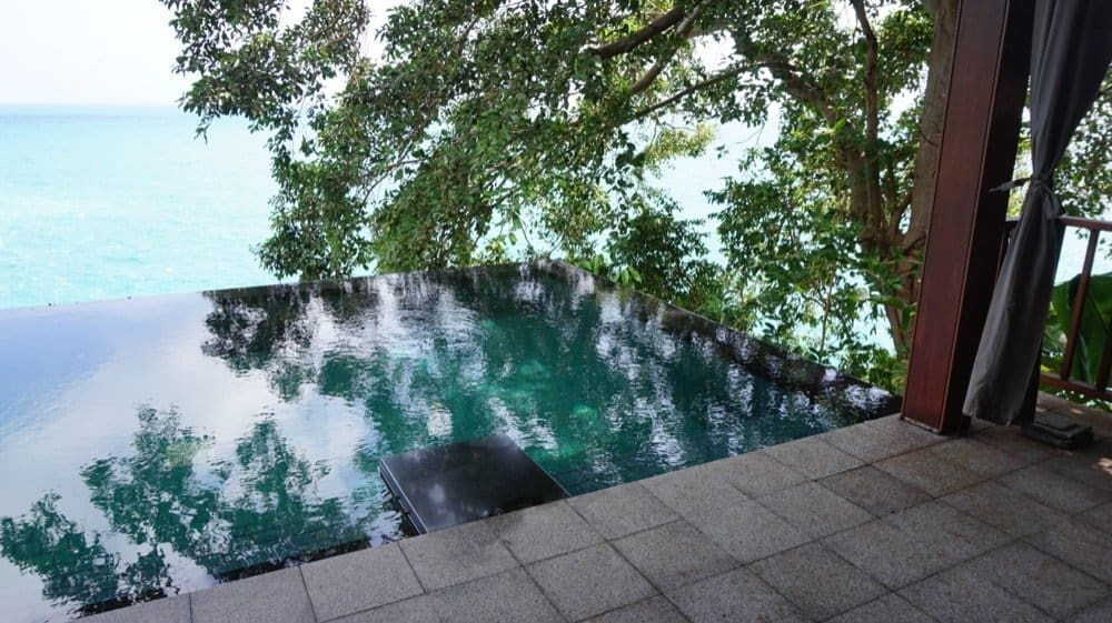 Cliff Pool Villa pool