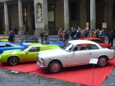 wystawa starych samochodów