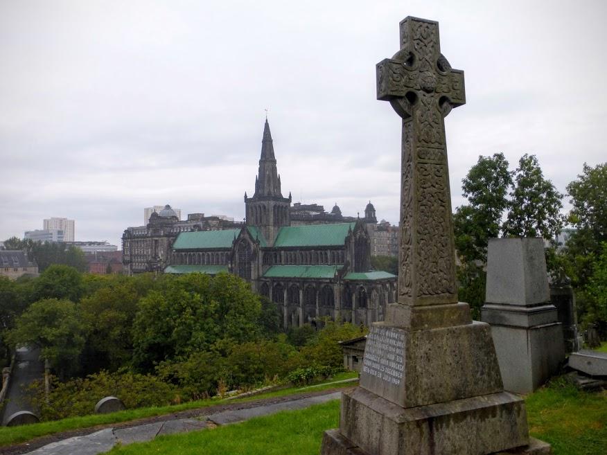 cmentarz i katedra