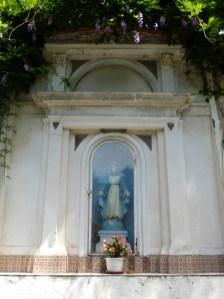kapliczka 1