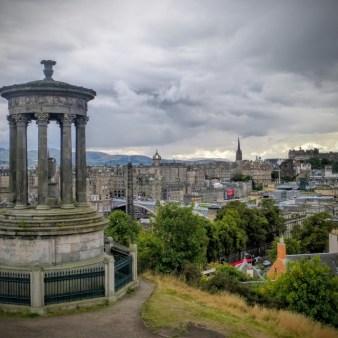 25. Edynburg - Calton Hill i Dugal Stewart Monument
