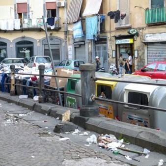 10. Trochę neapolitańskich śmieci