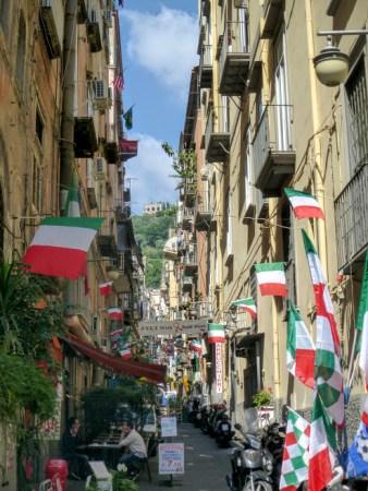 25. Neapolitańska uliczka