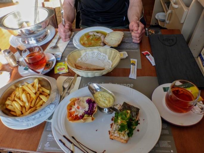 8. Jedzenie