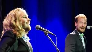 Die Broccolis: Als Kev die Frauenstimme sang, musste sich Philipp zusammen reißen.