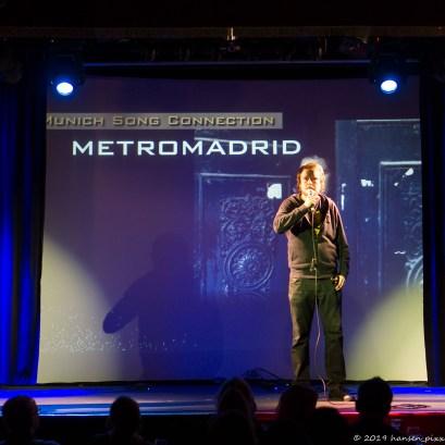 """MetroMadrid sollte man nur mit dem Zusatz """"Komiker"""" googlen. Sonst bekommt man den Fahrschein nach Atocha. Thomas Steierer erläutert uns was im Lebenslauf - und im Leben - so alles daneben gehen kann."""