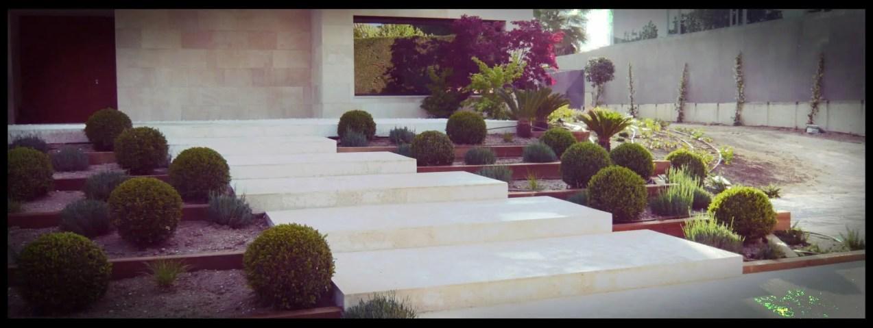 escalinata jardín aravaca