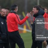 460674214-robin-van-persie-of-manchester-united-talks-gettyimages[1]