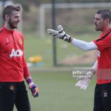 464607226-david-de-gea-and-victor-valdes-of-manchester-gettyimages[1]