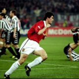 21 Apr 1999:  Manchester United captain Roy Keane wheels away after scoring in the UEFA Champions League semi-final second leg match against Juventus at the Stadio delle Alpi in Turin, Italy. United won 3-2 on the night to go through 4-3 on aggregate.  Mandatory Credit: Allsport UK /Allsport