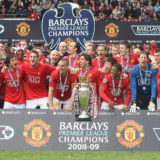 MANCHESTER, ENGLAND - MAY 16: The Manchester United squad celebrates with the Premier League trophy after the Barclays Premier League match between Manchester United and Arsenal at Old Trafford on May 16 2009 in Manchester, England. (Photo by Chris Coleman/Manchester United via Getty Images)