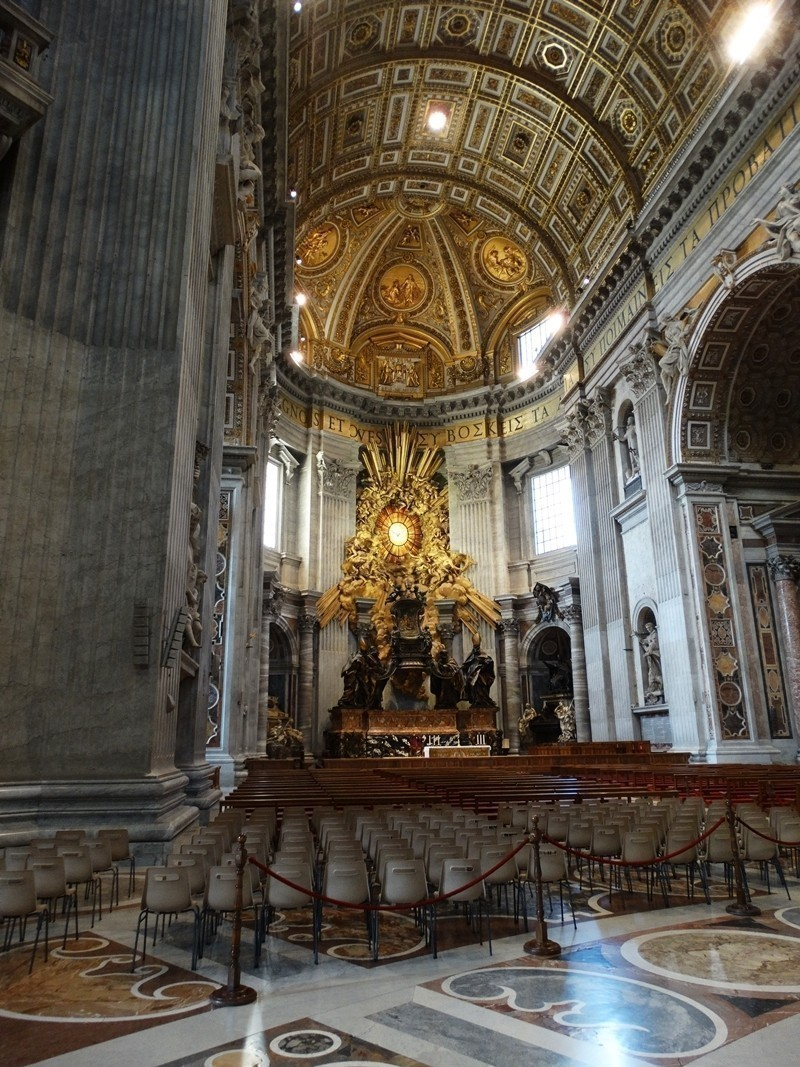 Inside St. peter`s Basilica | 5 Tourist Attractions to visit in Vatican