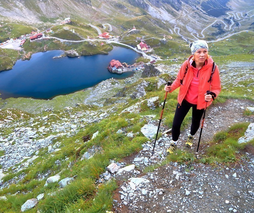 Amazing View of Balea lake and Transfagarasan Road | 5 Reasons Why Romania is the Country Every Traveler Needs to Visit
