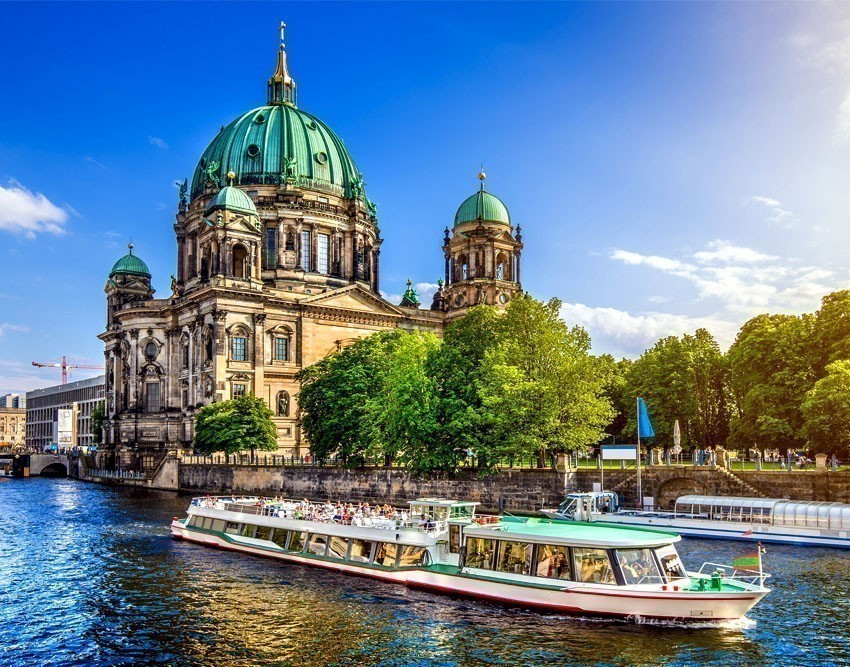 Explore the Treasures of Museum Island | 10 Awesome Things to Do and See in Berlin