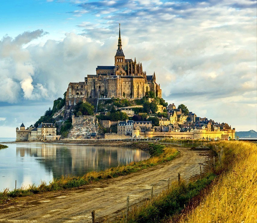 Amazing View of Mont Saint-Michel | France Travel Guide