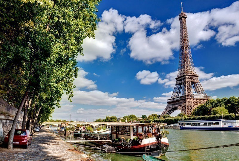 Viiew of Eiffel Tower in Paris | 10 of the Cheapest Cities You Must Visit in Europe