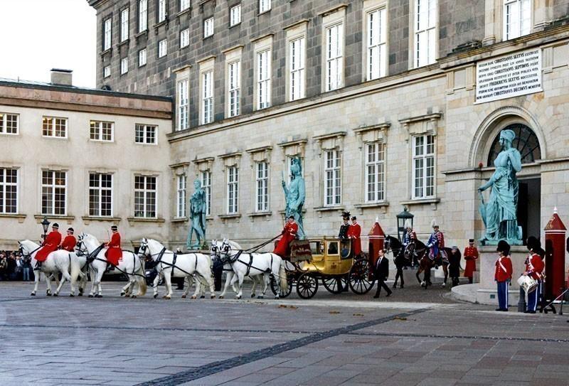 Christiansborg Palace, Copenhagen | TOP 10 Most Amazing Tourist Attractions in Copenhagen