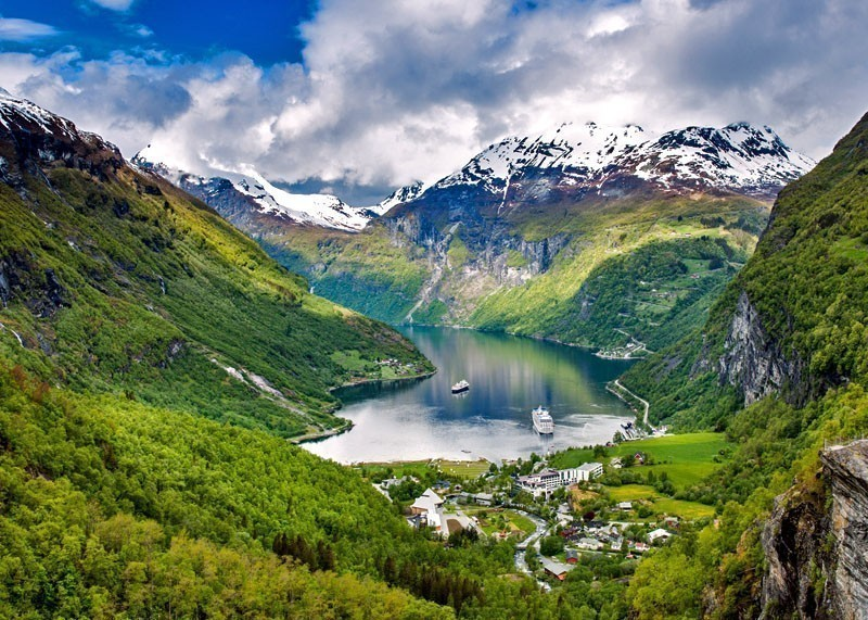 Amazing View of Geiranger fjord | 10 Top-Rated Tourist Attractions in Norway