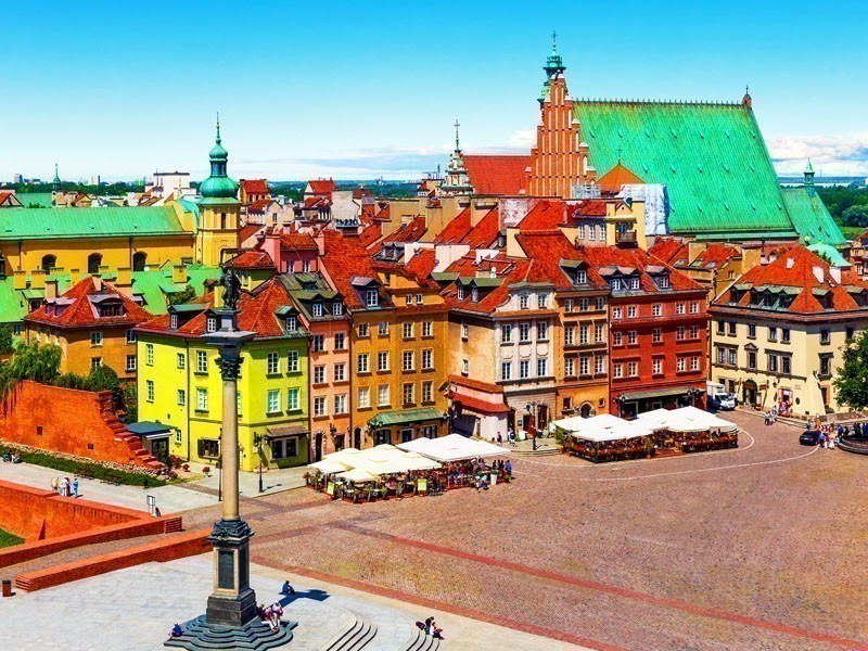 Stunning view of the Castle Square in Warsaw and the Sigismund's Column | What to Do in Warsaw in 3 Days