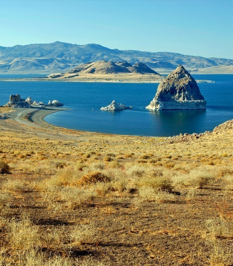 Breathtaking view of Pyramid Lake in Nevada | 10 Best Places To Visit In Nevada