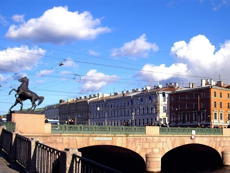 Anichkov Bridge, one of the most beautiful bridges in St. Petersburg, Russia | What to Do in St. Petersburg in 3 Days