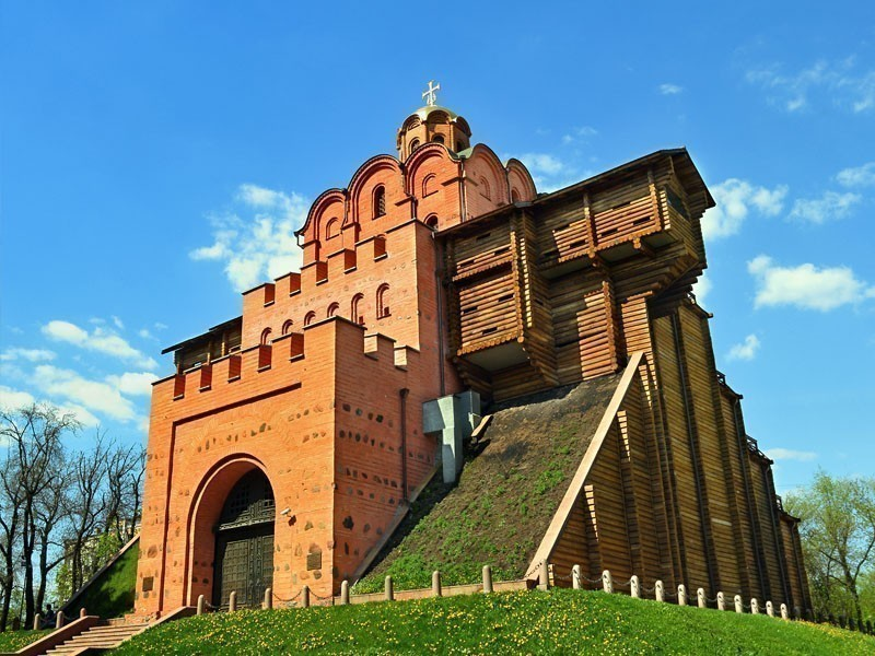 Golden Gates of Kiev – the main gate in the 11th century fortifications of the Ukrainian capital | What to Do in Kiev in 3 Days