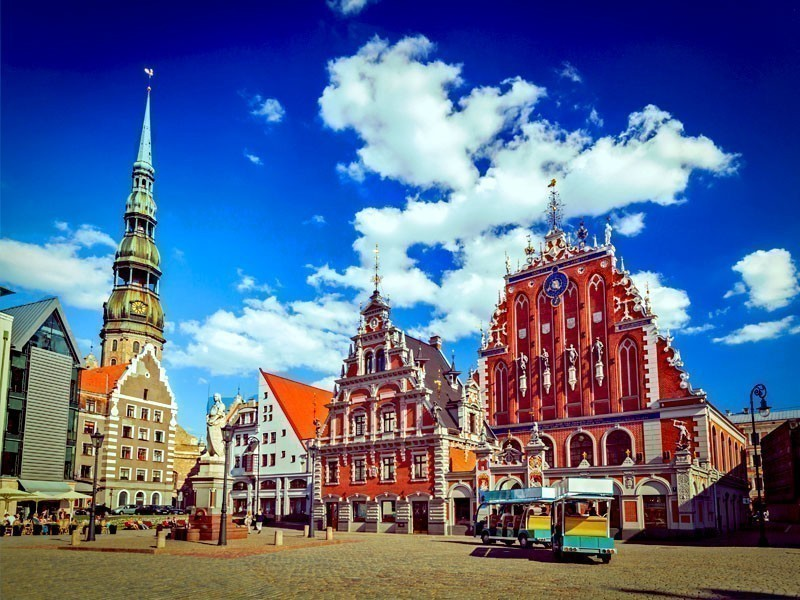 Amazing view of Riga Town Hall Square, Latvia | What to Do in Riga in 3 Days