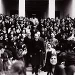 Atatürk İzmir Kız Lisesi'nden ayrılırken. (1 Şubat 1931)
