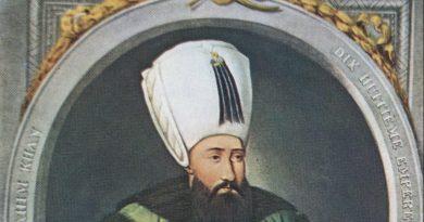 """İlber Ortaylı'nın Osmanlı Sultanı İbrahim İçin """"Haşa deli değil"""" Sözlerine Cevap"""