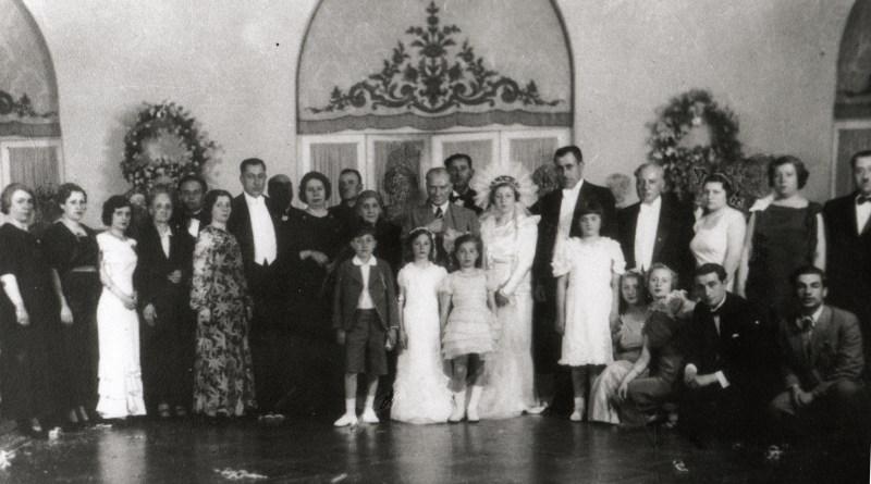 Atatürk'ün Nişan, Sünnet ve Düğünlerde Çekilen 19 Fotoğrafı
