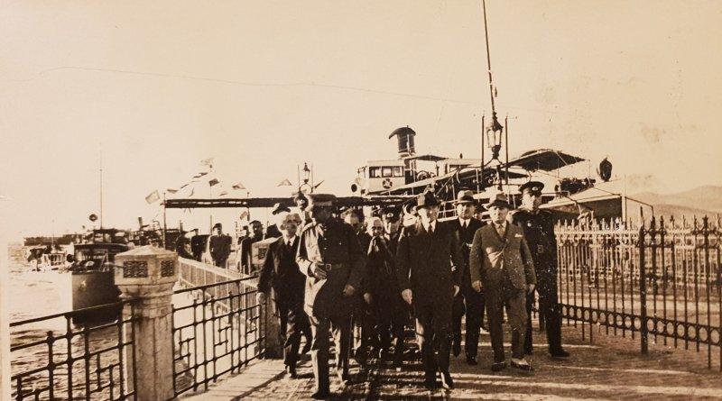 Atatürk'ün Yalova Ziyaretinden Nadir Bir Fotoğraf