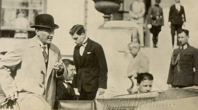 Atatürk'ün Yaveri Sami Yanardağ