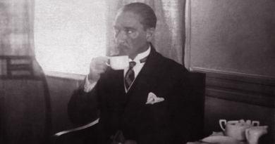 Atatürk Kahvesini Kendi Hazırladı