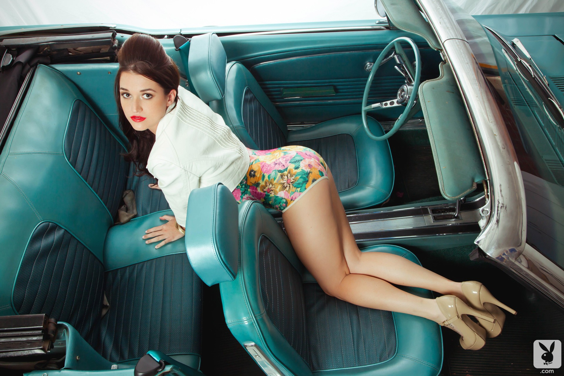 jade roper does retro playboy classic photo shoot in