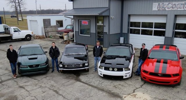 Millennial Mustang Registry Group Shot