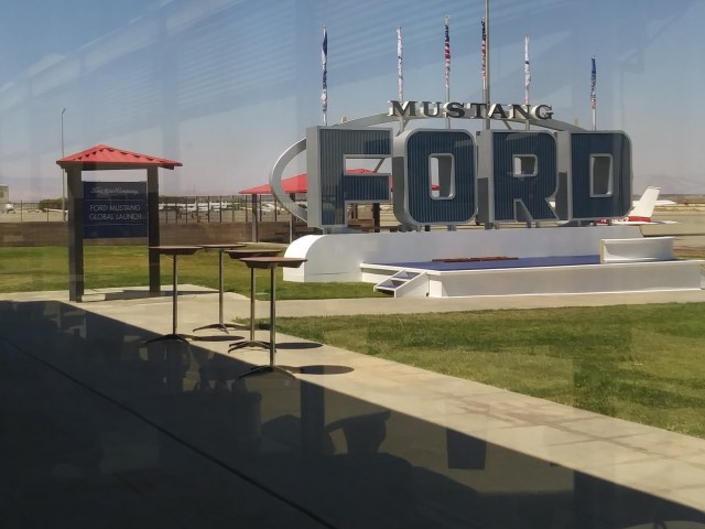 Mustang Ford Field