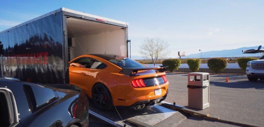 2020 Mustang GT500 Loading