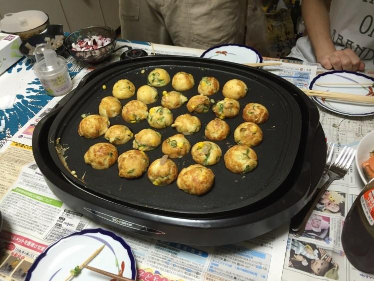 takoyaki-in-osaka-japan