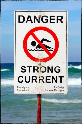 Strong current at Manly Beach