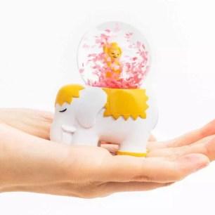 Felissimo Oterabu♪可愛又充滿特色的「輕輕搖晃花瓣紛飛 花祭雪花球」
