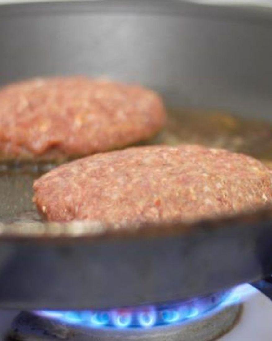 grilling frozen hamburgers