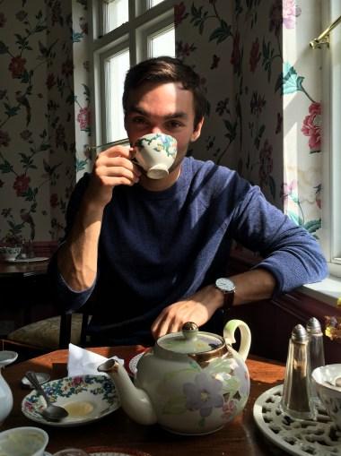 tea and babe