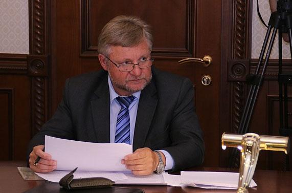 Руководитель Фонда капремонта Карелии Михаил Крюков. Фото: gov.karelia.ru