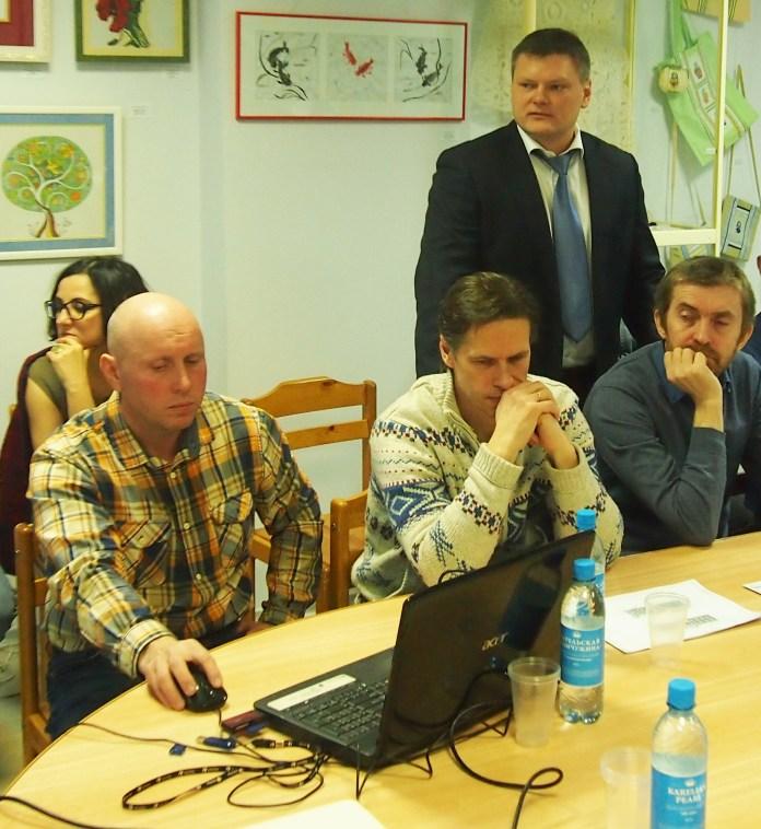 Выступает реставратор Виталий Скопин. Фото: Валерий Поташов