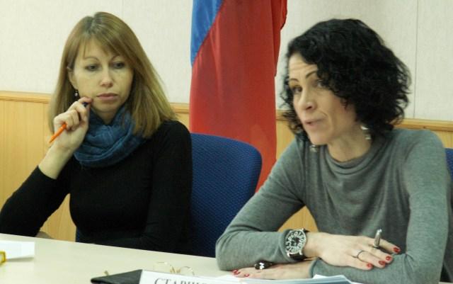 Оксана Старшова и модератор встречи Елена Пальцева. Фото: Татьяна Смирнова