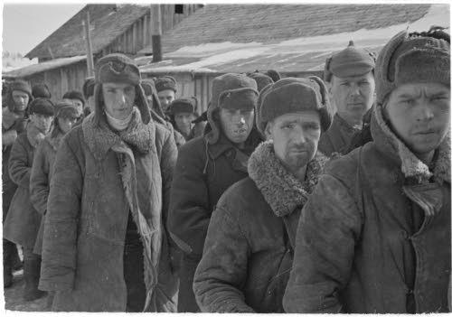 Медвежьегорск. Декабрь, 1941 г. Советские военнопленные