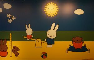 Miffy like to play
