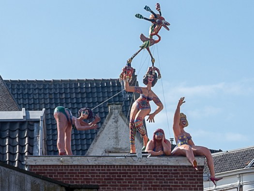 Daytrip to Gouda, Cheese, Culture and History. Jolly rooftop.